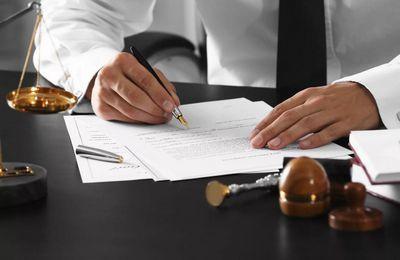 В каком случае нужен нотариус при оформления договора купли-продажи недвижимости, стоимость оформления в 2020 году